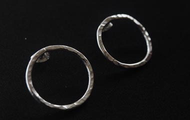 Thin Round Earrings